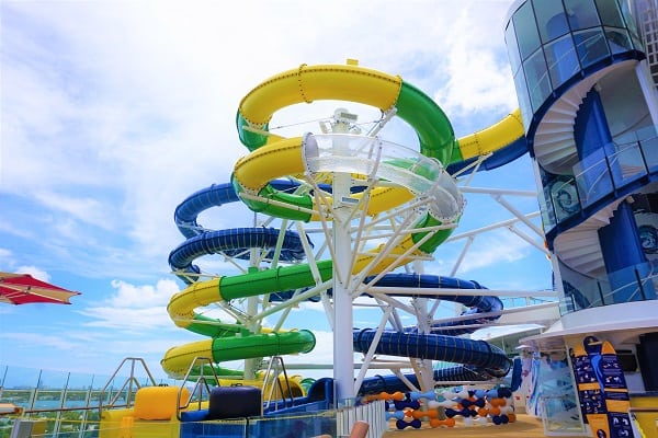 Mariner of the Seas Perfect Storm
